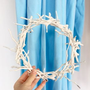 Nest/Crown of Thorns(?)  (2019) - twigs, plaster (polar fleece backdrop)- dia. 25cm